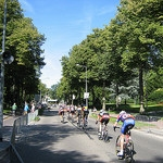 2012-cycling-photo-cc-by-DennisM2-flickr